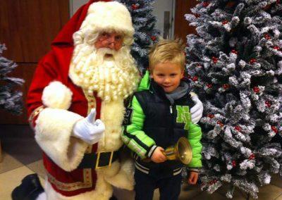 kerstman met kind - puurentertainment.nl